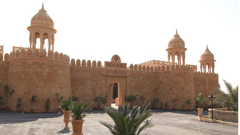 15 Days – Fort,Temples, Havelis Tour