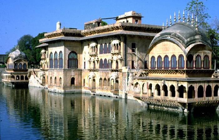 08 Days Golden Triangle with Bharatpur Tour