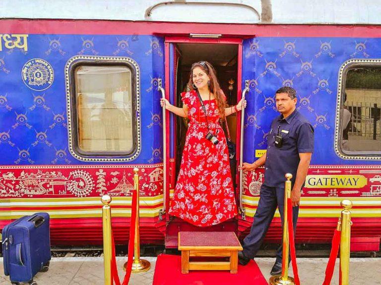 Travel-India-by-train-www.nomadicchica.com-43